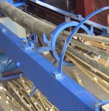 竹子加工机械 破竹机 破篾机 高效节能男女老少皆可操作使用