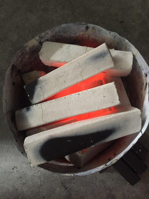 高级机制竹炭烧烤碳无烟碳易燃家用果木炭