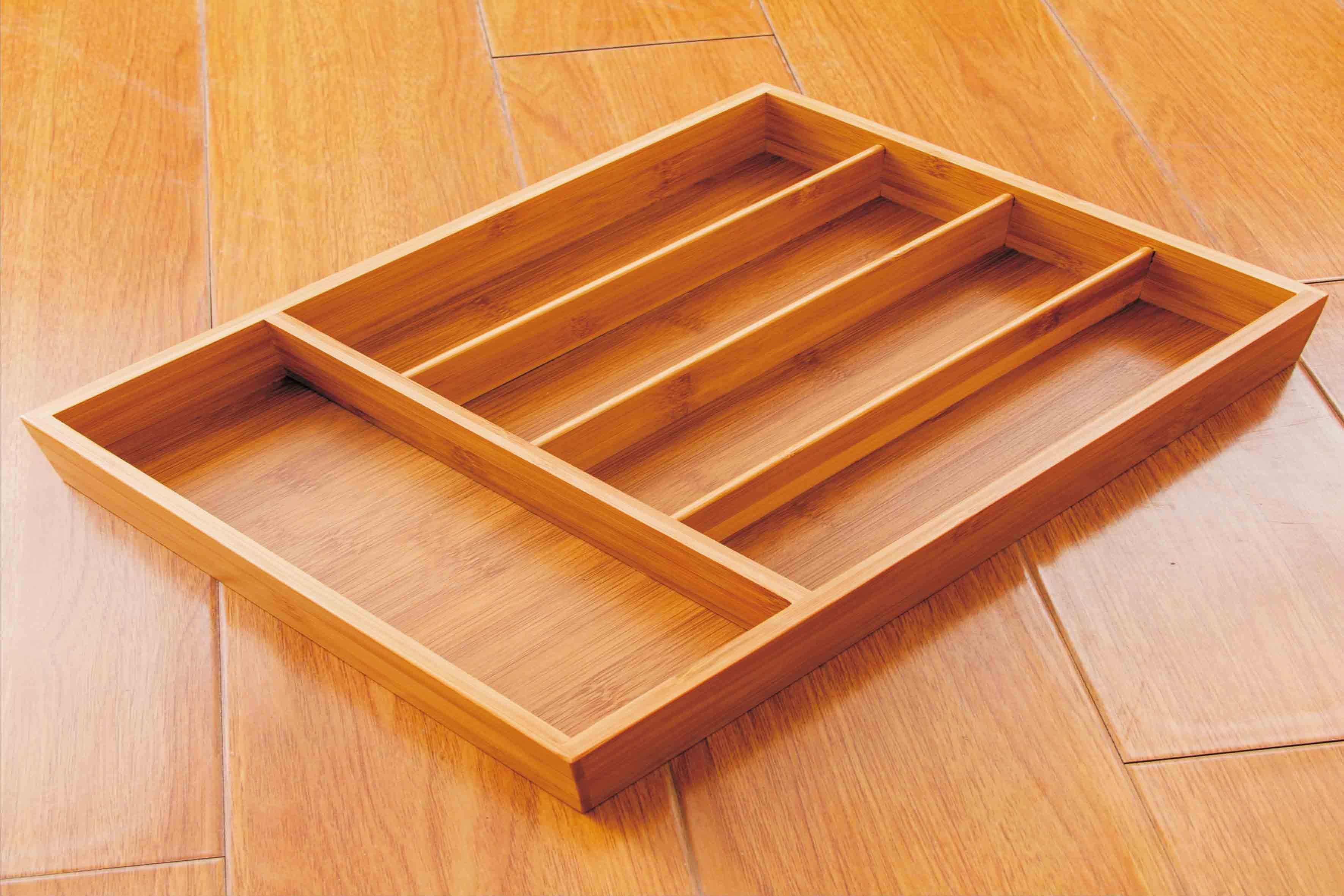 多功能收纳盒 简约带分格桌面收纳盒