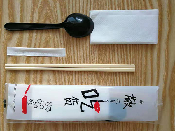 一次性環保餐具包餐具四件套筷子勺子餐巾紙牙簽