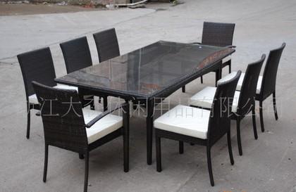 特价推荐大量做工精细编藤餐桌椅