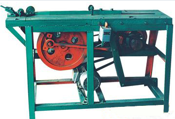 DN-651 竹筷冲条机