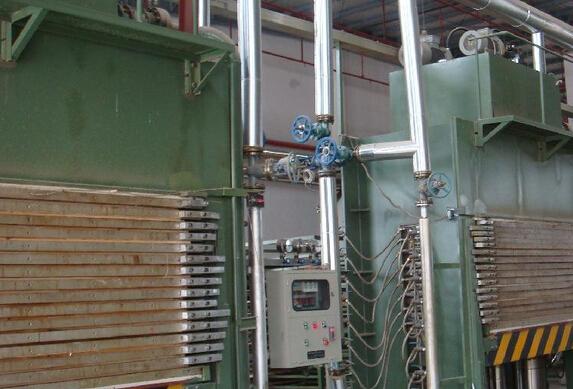 供應膠合板橫向熱壓機自動進板機
