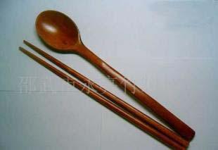 供应竹勺子,竹筷子,竹木厨具,竹餐具,竹礼品