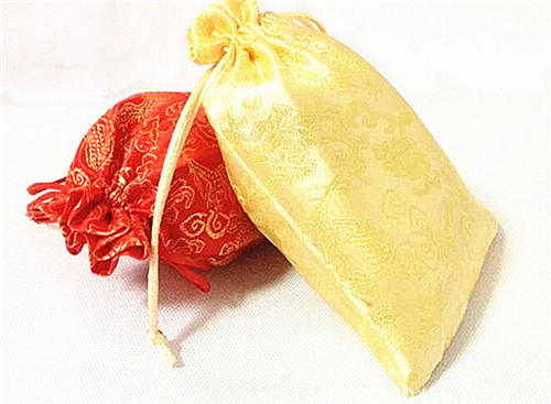 批发中国风婚庆用品竹炭包 锦缎炭包